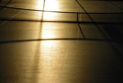 夕陽に染まるテニスコート